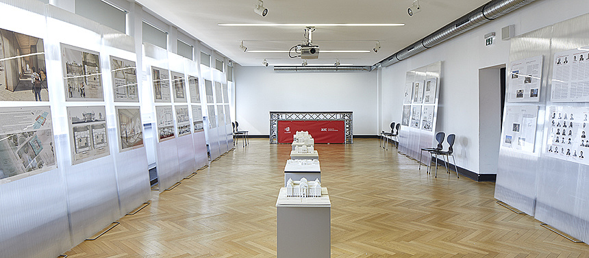 Japanisches Palais - The Art Cabinet as a Working Collection